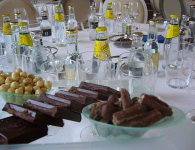 Cata de Gin tonics maridados con chocolates _Eventos de Autor_